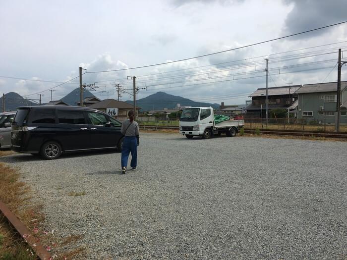 手打ちうどん三嶋・駐車場